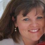 Lynn Caligiuri Headshot